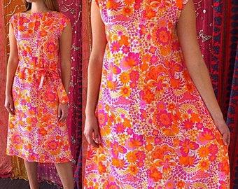Sale Mod Dress Thai Silk Dress Psychedelic Dress Siam Silk Dress Vintage 60s Thai Silk Dress
