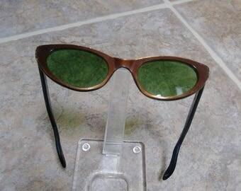 Cat Eye Glasses, Glasses Frames, Vintage Eye Glasses, Eye Glass Frames, Brown Eye Frames, Cat Eye Frames, Safilo Frames, Plastic Eye Frames
