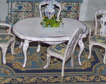 Dining Room Set for 1:12th Dollhouse.  Table and four Chairs, Floral Centerpiece, Rug.