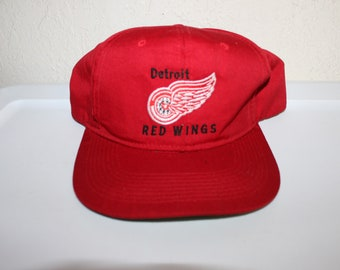 Vintage 90's Detroit Red Wings Snapback by Frontier Cap
