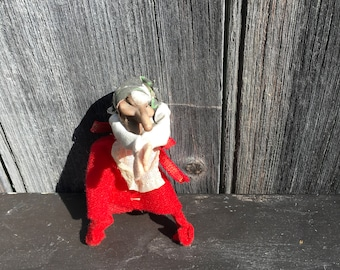 Vintage kitchen witch doll with gripper clasp hands