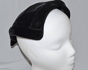 ON SALE: Vintage Ladies' Half-Hat - Black Velvet with Bow and Rhinestone Accents, 1960s
