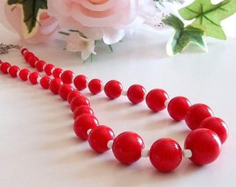 80s Red Necklace, 80s Secretary, 80s Vintage Jewelry, Vintage Costume Jewelry, Red Necklace, Acrylic Bead Necklace, Adjustable Bead Necklace
