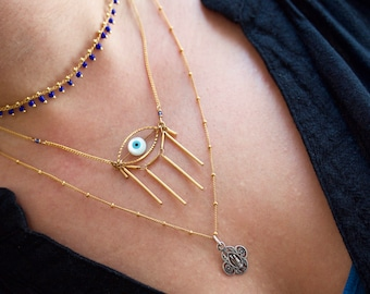 Eye See You - Gold tone necklace