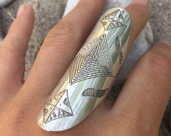 Size 6 1/2 Engraved ring, silver ring statement ring, steampunk ring, long ring, Shield ring, women ring, knuckle ring, Armor ring, ring