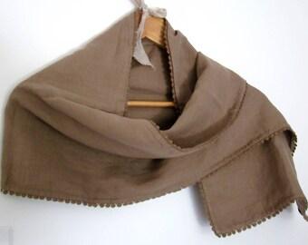 Woman linen scarf