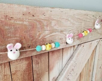 Easter bunnies and chicks garland. felt ball garland decor, Easter decor Garland 6ft. Easter Garland. Yellow Easter chicks. Easter bunny