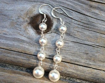 Long Pearl Earrings, Bridesmaid Earrings, Vine Earrings, Wedding Earrings, Bridal gift, Wedding Gift, Pearl Earrings, Drop