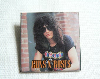 Vintage Early 90s Guns N' Roses / Slash- Pin / Button / Badge (Date Stamped 1991)