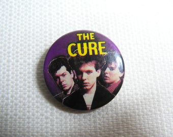 Vintage 80s - The Cure - Pin / Button / Badge
