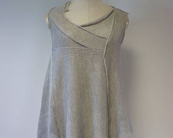 Summer silver light grey linen asymmetrical top, L size. Only one sample.