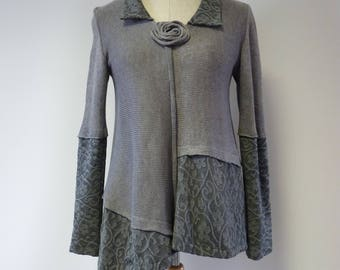 Extravagant grey linen sweater L size. Only one sample.