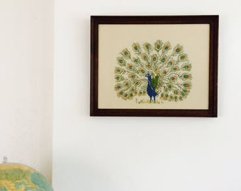 Embroidery peacock in frame| vintage embroidery| peacock | pauwenschilderij| bohemian decor| vintage wall piece| embroidery piece