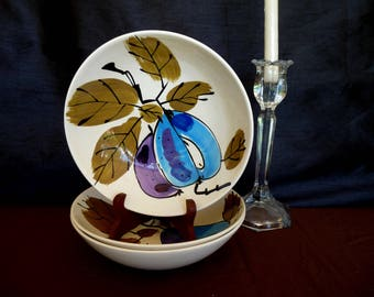 """Island Worcester """"Forbidden Fruit"""" designed  by Vera Neumann - ONE - 8"""" ROUND Vegetable Bowl or Large Personal Salad Dish- Made in Jamaica"""