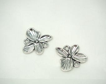 exotic flower silver-plated 20x19mm 2 connectors