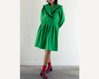 80s Candy Apple Cartoon Dress / Green Midi Dress / Fits up to a Large