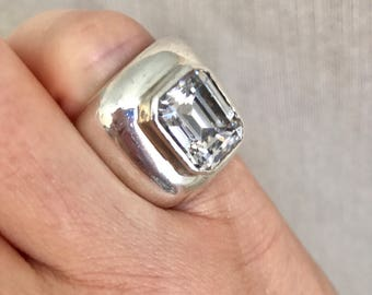 Chunky, sterling silver ring with cz Cubic Zirconia. Simulated diamond pinky ring. Size 4.