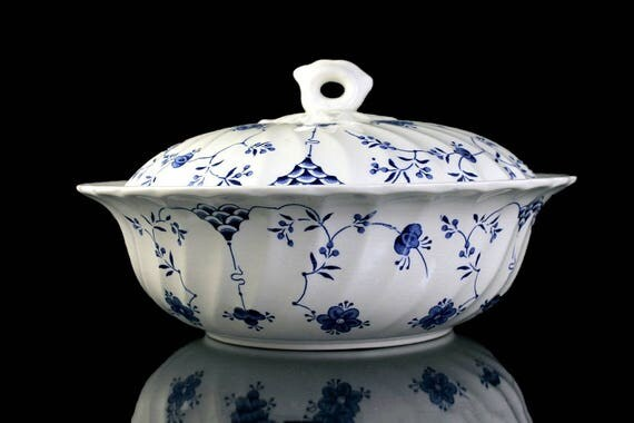 Covered Vegetable Bowl, Myott China, Finlandia, Floral Pattern, Blue and White, Covered Bowl, Bowl With Lid