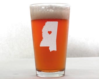 Mississippi Beer Glass - State Pint Glass - Pint Glass - Personalized Pint Glass - Etched Pint Glass - Groomsmen Pint Glass