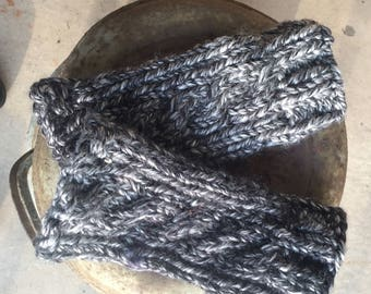 Ready to ship !  Outlander inspired grey tweed cabled fingerless gloves/gauntlets similar to ones wor