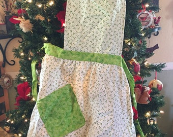 Childs Christmas Apron Green with little holly