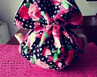 Wrap a round tea cozie hearts & ribbon pink  handmade pinklady cottage