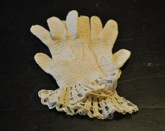 Authentic Vintage Fine Lace Child's gloves crocheted from the 1920s -1930s
