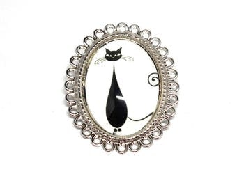 Cabochon black and white cat costume jewelry brooch