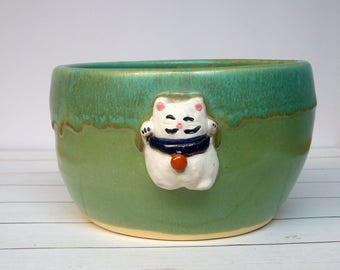 SALE LUCKY CAT Handmade Pottery Rice or Noodle Bowl Maneki Neko Fortune Cat