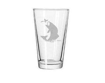 Fish Pint Glass - Etched Beer Glass - Engraved Pub Glass - Trout - Wedding Gift - Personalized Gift - Wildlife Glassware