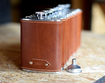 Leather flask, personalized flask, groomsmen gift, engraved flask, flask, hip flask, personalized gift, gift for dad, groomsman flask,