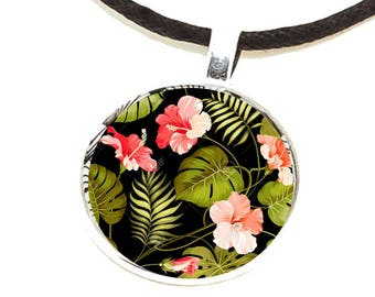 Japanese black leather, acrylic flower cabochon rose/Green/Black and silver Choker necklace