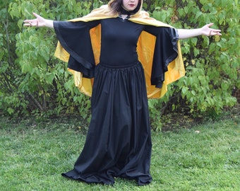 The Midas touch Gold mid-length cape~ perfect for all your fantasy needs