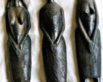 Set of 3 wooden statuettes from Tanzania