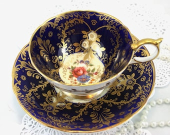 Very Elegant,Cabinet,Aynsley Teacup & Saucer, Royalty Pattern,Wide Mouth, Bone English China made in 1950s