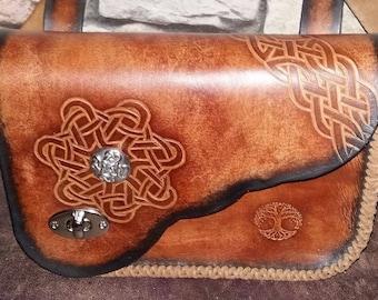 """Leather shoulder bag """"the celtic"""""""