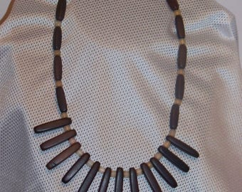 "17"" Wood Bead Necklace"