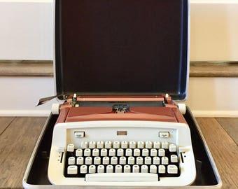 Portable Typewriter Sears 704-5000 Vintage Typewriter Vintage Old Typewriter Decor Manuel Typewriter Antique Typewriter Office Decor Desk