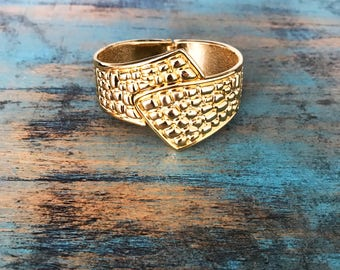 Fish Tail Front Connecting Bracelet