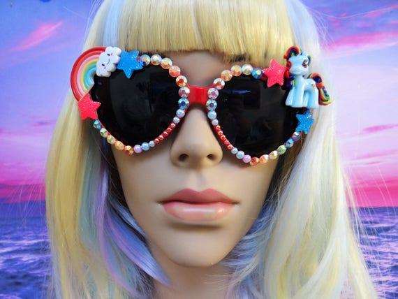 UNICORN My Little Pony * Rainbow Dash * Heart Shaped Sunglasses Sun Glasses Sunnies Wayfarers Aviators Mermaid Kawaii Disney A030
