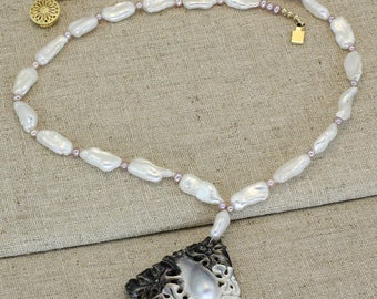 BN209- Tahitian Mabe Blister Pearl and Keshi Pearl necklace