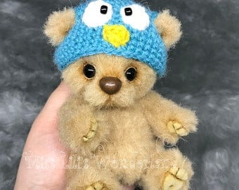 "Artist Bear ""Blu""- Teddy bear OOAK"