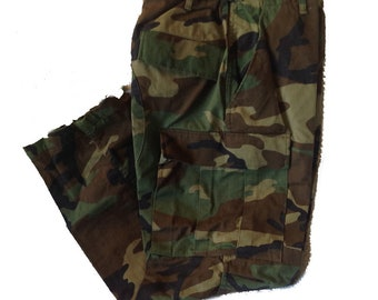 Authentic Small Short Army BDU Pants Woodland Camo Pattern New Old Stock Winters