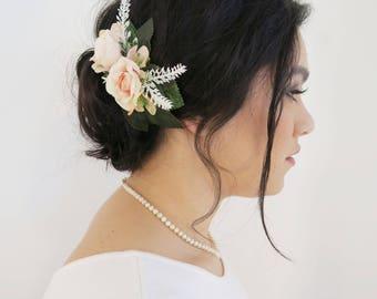 Flower hair comb,  pink Flower haircomb, decorative comb, Rustic wedding, Boho wedding accessory, Country wedding.
