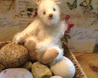 """Munro, a 7"""" limited edition hand made mohair hare"""