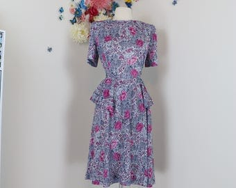 1940s Style Dress - Floral Dress - Peplum Waist - 1980s - Blue Purple White - Tie Back - Short Sleeve - Made In USA - Size Small Medium