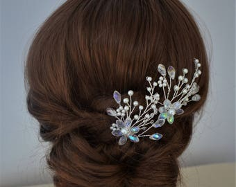 Pair of silver or gold pearl and crystal bridal hair pins