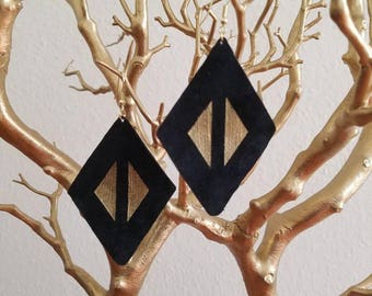 Statement Leather Earrings Black Suede Diamond Shape Gold Triangles Geometric Boho Gold Hooks LE1