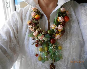 Lightweight synthetic, ROSES and apples with green and yellow glass beads