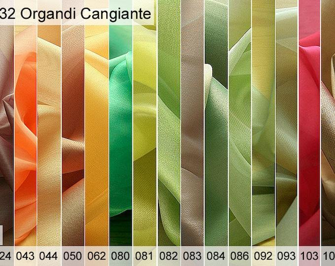 232 organdy Cangiante sample 6 x 10 cm